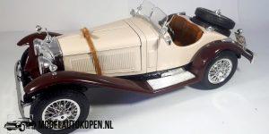 Mercedes-Benz SSK 1928 (Creme/Bruin) 1/18 Bburago + Showcase