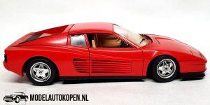 Ferrari Testarossa 1984 (Rood) (22cm) 1:18 Bburago + Showcase