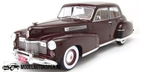1941 Cadillac Fleetwood Series 60 Special (Donkerbruin) (30 cm) 1/18 Model Car Group