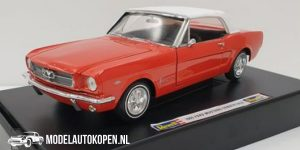 1965 Ford Mustang Convertible Soft Top (Rood) (30 cm) 1/18 Revell